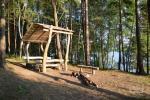 Senoji Tiltiske. Bad, Platz für Zelte, Boote