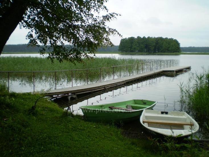 Домик в усадьбе на берегу озера в Молетском районе Vyšnia - 15