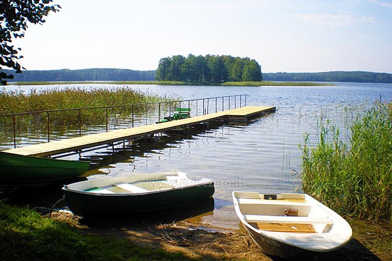 Домик в усадьбе на берегу озера в Молетском районе Vyšnia - 14