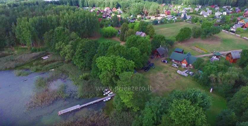 Домик в усадьбе на берегу озера в Молетском районе Vyšnia - 2