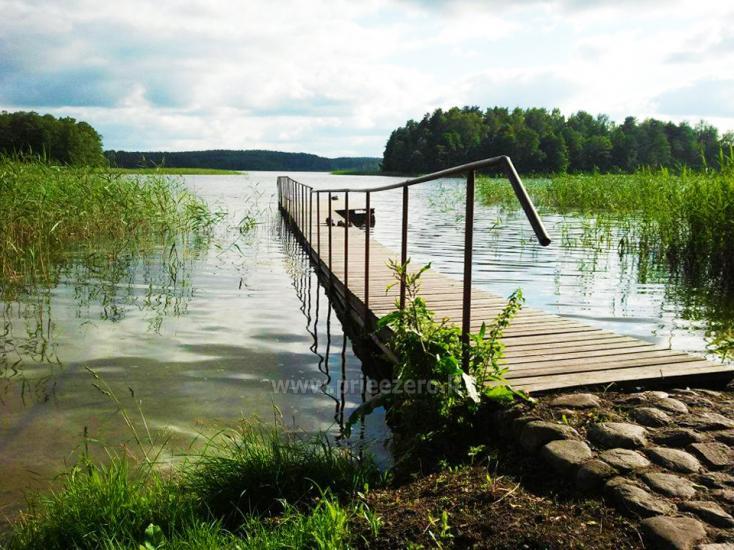 Домик в усадьбе на берегу озера в Молетском районе Vyšnia - 16