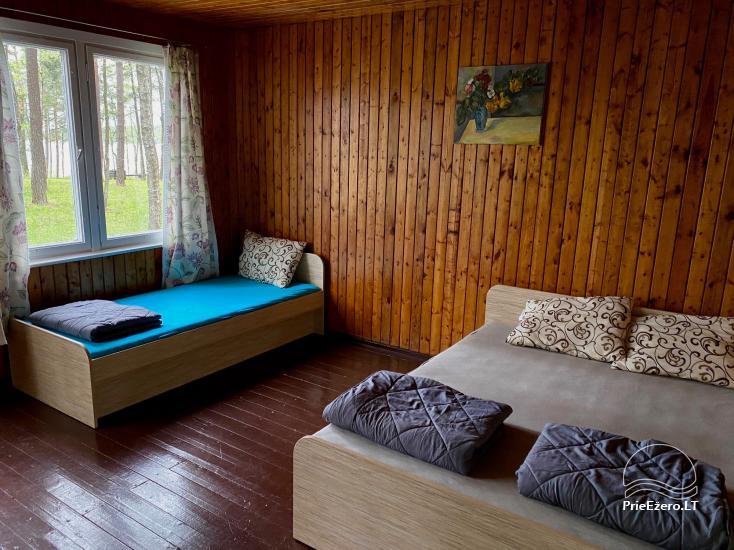 """Resort at Lake Siesartis - """"Oak"""" - 18"""
