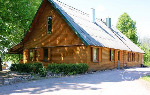 Landhaus in Kelme-Bereich, durch den See Gilius - 1