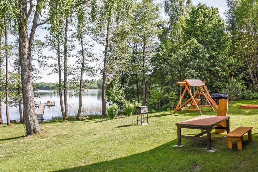 Сельская усадьба Маленький домик на берегу озера Чичирис - 5