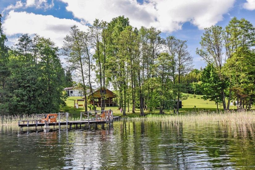 Сельская усадьба Маленький домик на берегу озера Чичирис - 8