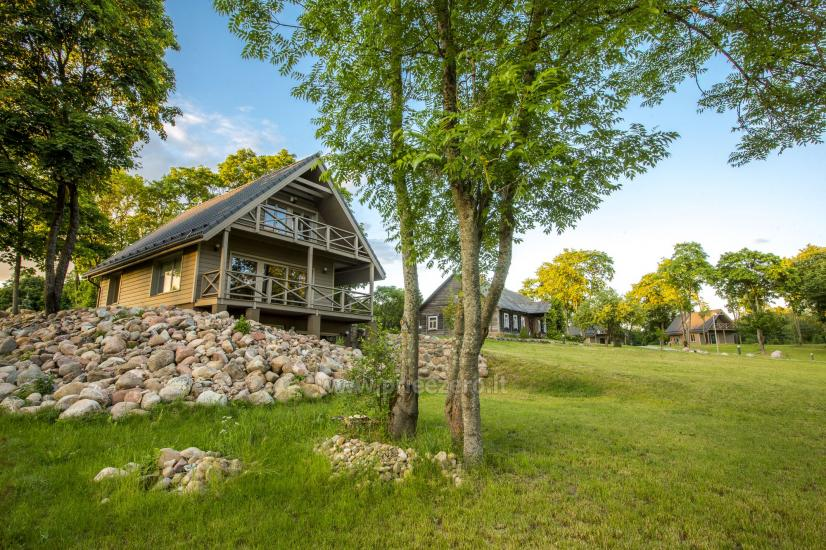 Countryside homestead Frankava on the lake shore in Trakai region - 23