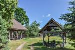 Homestead on the shore of the lake Sartai in Zarasai district Lapėnų Sodyba – holiday cottages