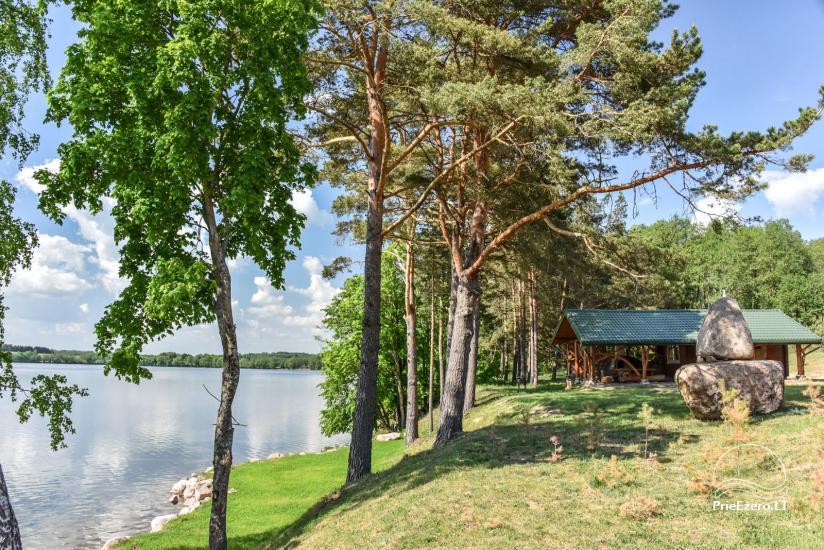 Landgut am Ufer des Sees Vencavas - 34