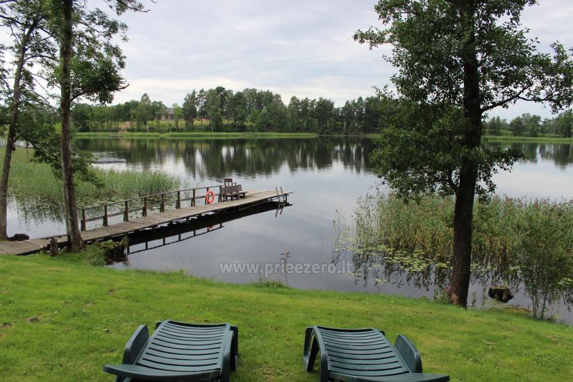 Land-Tourismus-Gehöft in der Nähe des Sees in Moletai Region, in Litauen - 2