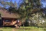 Land-Tourismus-Gehöft in der Nähe des Sees in Moletai Region, in Litauen
