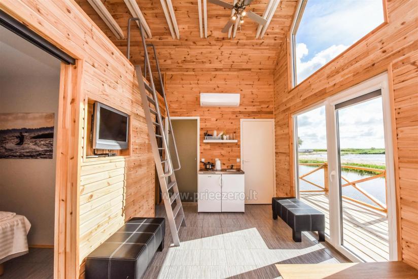 Домики с террасами и удобствами