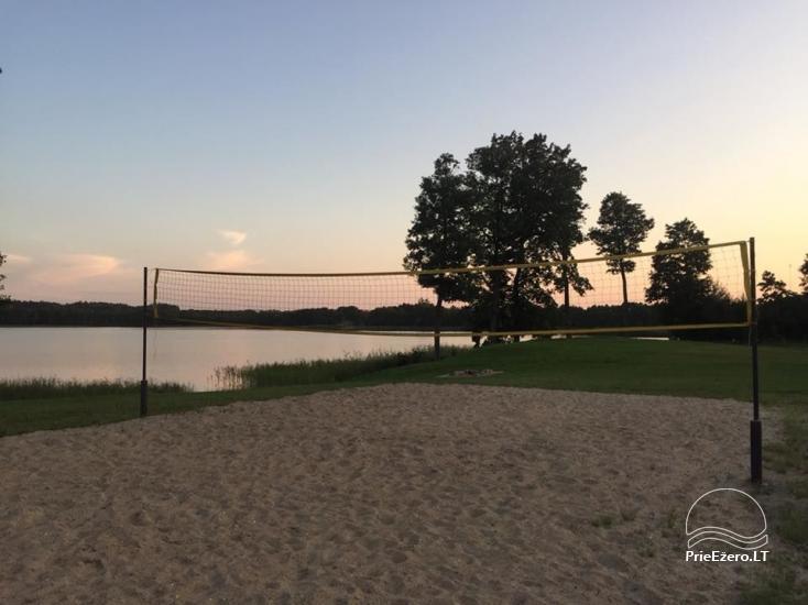Urlaub in der Nähe des Sees in Pivashiunai Dorf - 10