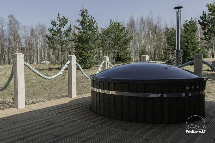 Sauna and a large outdoor hot bath tub (for about 4-6 persons) - 5