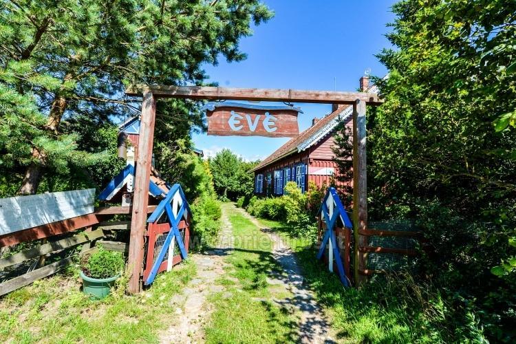Countryside Farmstead Eve - 6