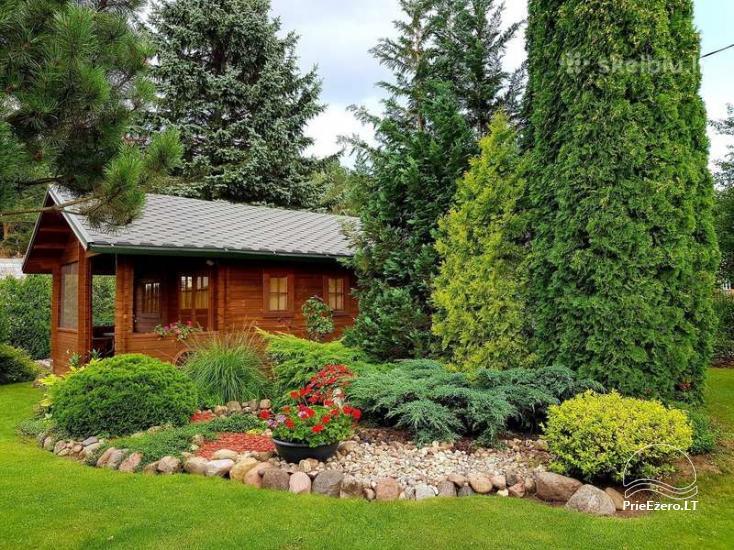 Small eсo hut for a couple or family in a cozy garden - 1