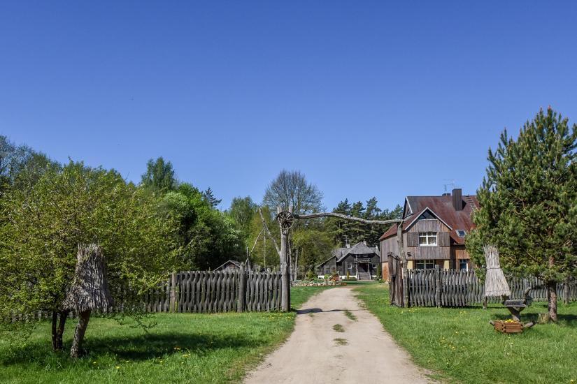 Zagroda Laukdvaris w rejonie Kretingskim w pobliżu rzeki Sventoji - 2