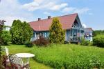 Сельская усадьба у озера Ильмедас, в Литве, Молетский край
