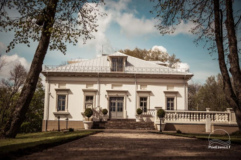 Krikštėnai Manor with a banquet hall for weddings, celebrations - 1
