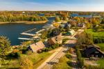 Apartments for rent on the shore in Trakai