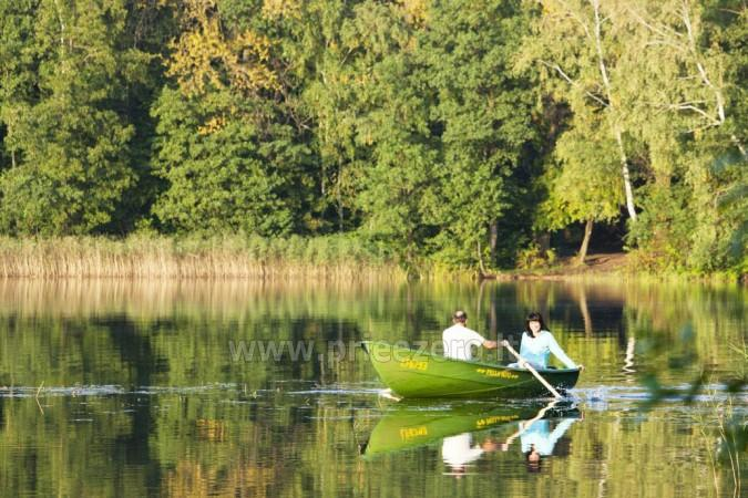 Honey bathhouse in Trakai at the lake Skasitis - 32