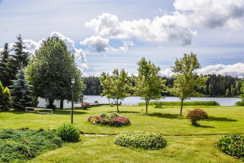 Gospodarstwo Sovai nad jeziorem w rejonie Trakai na Litwie - 1