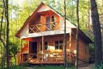 """Holiday villas and bathhouse in a homestead """"Žemuogynė"""" in Moletai district at the lake"""