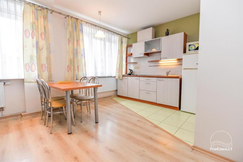 'Red' and green apartment in Druskininkai - 2