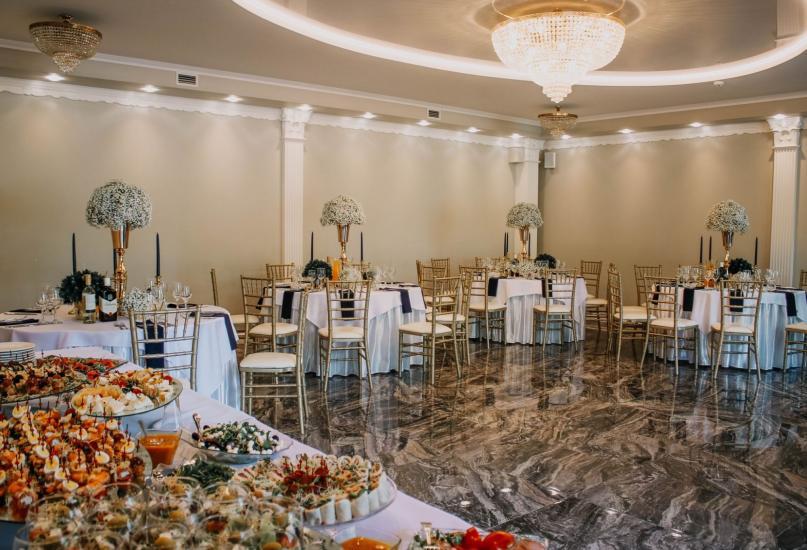 RADAILIU DVARAS - park of dinosaurs - apartment - restaurant- banquets - weddings near Klaipeda - hotel - restaurant - saunas. 7km from Klaipeda - 51