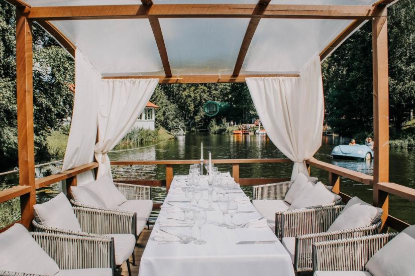 RADAILIU DVARAS - park of dinosaurs - apartment - restaurant- banquets - weddings near Klaipeda - hotel - restaurant - saunas. 7km from Klaipeda - 53