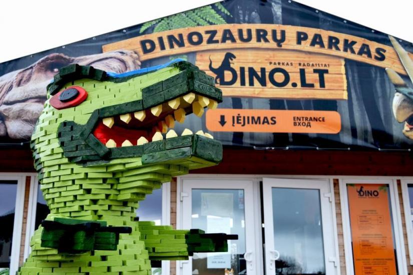 RADAILIU DVARAS - park of dinosaurs - apartment - restaurant- banquets - weddings near Klaipeda - hotel - restaurant - saunas. 7km from Klaipeda - 54