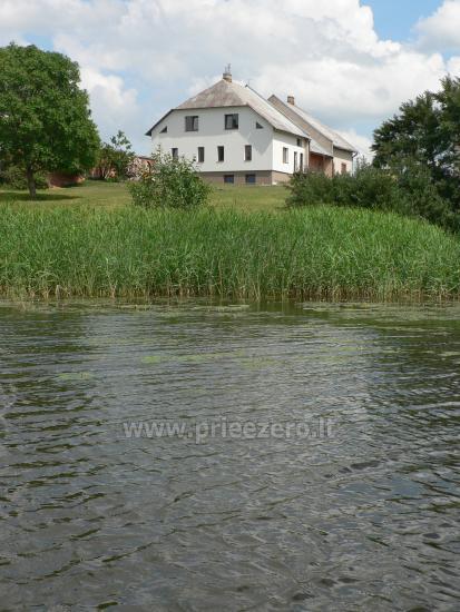 Vila Janus on the lake shore - 10