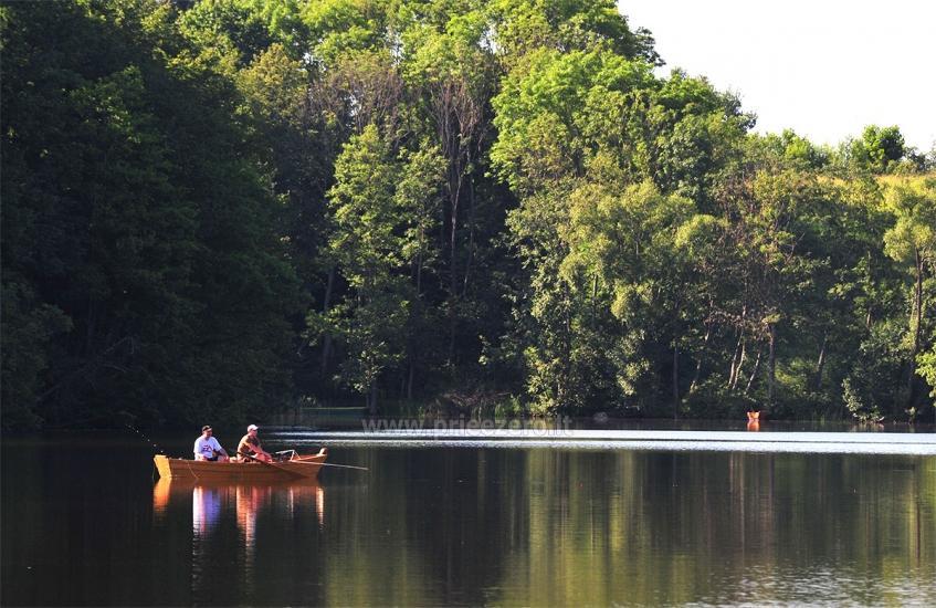 Łaźni i jacuzzi w gospodarstwie Holland Park na brzegu jeziora - 14