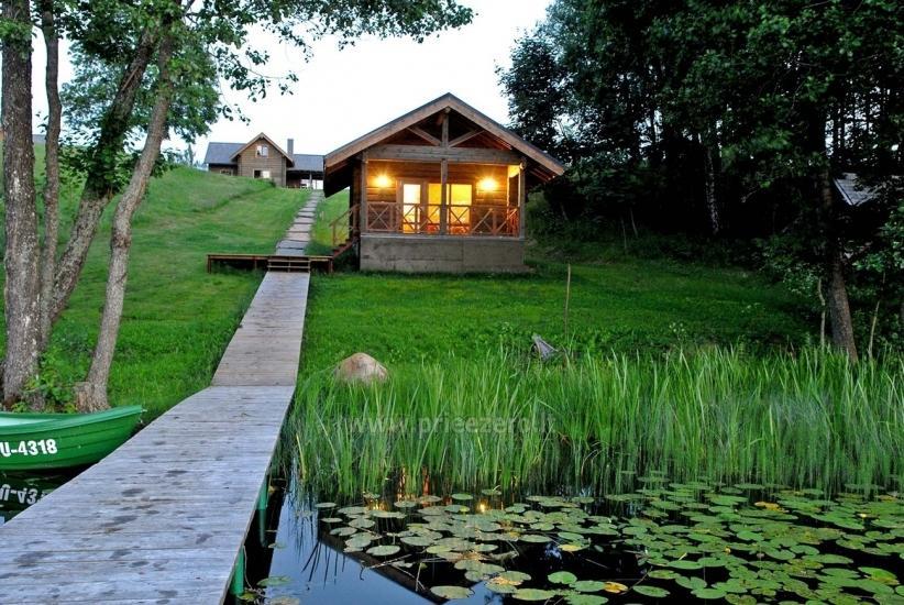 Łaźni i jacuzzi w gospodarstwie Holland Park na brzegu jeziora - 1