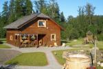"Bathhouse, hot water tub, pond in Homestead ""Zinenai"" 28km from Siauliai"