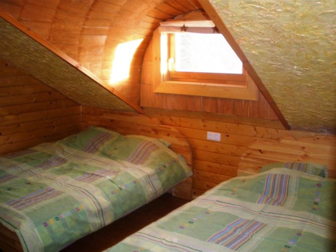 Bathhouse, hot water tub, pond in Homestead Zinenai 28km from Siauliai - 8